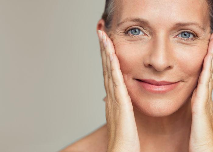 Découvrez comment avoir une peau complètement hydratée en profondeur grâce aux techniques et les soins Cliniccare. Marinela Popescu, fondatrice de l'Institut Marinel situé à Paris et experte en beauté globale de la peau vous explique tout.