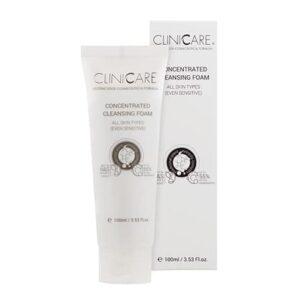 La Mousse Nettoyante Soyeuse Cliniccare élimine avec confort et douceur les impuretés, les excès de sébum et les résidus de maquillage. Elle contient plusieurs éléments qui maintiennent la peau bien hydratée.
