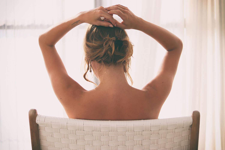 Méthodes pour prolonger le bronzage de sa peau grâce aux conseils de Marinela Popescu, fondatrice de Marinel Paris et experte en beauté globale de la peau.